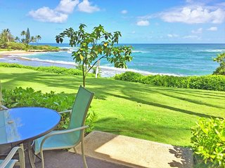 New! Oceanfront Kapa'a Sands Studio w/Pool & Lanai