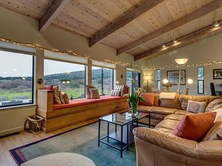 Private hot tub, shared pool, and ocean views at this peaceful Sea Ranch home!