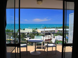 1 Bedroom Ocean View Suite - 20, Airlie Beach