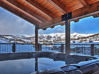 'Eagle's Nest' Crested Butte Townhome w/Mtn Views!