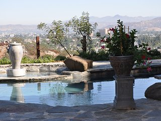 Amazing views, heated salt water pool on an acre of secluded property!, El Cajon