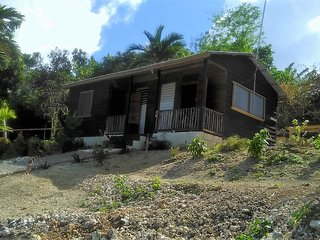 Getaway Cabin with Relaxing Sea View, Port Antonio