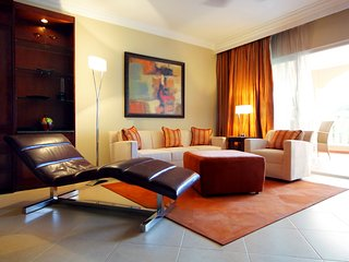 Presidential Suites at the Lifestyle Holiday Vacation Resort - Gold Bracelet