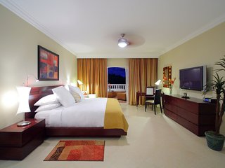 Buy 6 Nights Get 1 Free - Puerto Plata Presidential Suites Lifestyle Resort