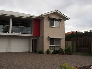 Rach's Place - Brand New Townhouse, Toowoomba