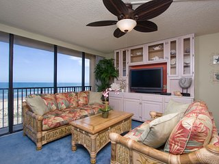 Exclusive 3 Bedroom Remodeled Gated Beachfront Condo  Sleeps 8 2 Pools, Wi-Fi