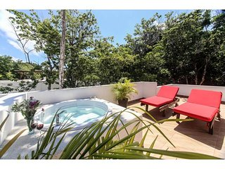 D12 Gorgeous TownHouse w/ Jetted Tub & Plunge Pool