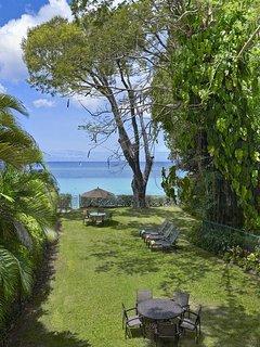 Church Point 2 - Lovely Tropical Garden