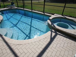 Windsor Hills 5BR/5BA Villa-Southwest Facing Pool, 2 mi. from Disney