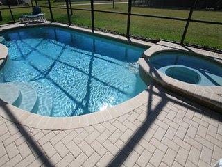 Windsor Hills 5BR/5BA Villa-Southwest Facing Pool, 2 mi. from Disney, Reunion