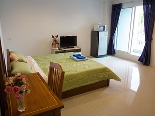 Bangkok MRT Ratchada 7 mins / Double Bedroom