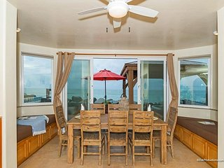 New Oceanfront unit w/ 4br/4ba,beach patio w/ private spa, bbq, A/C Equipped