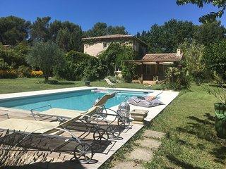 Ravissante maison au calme avec piscine, Fuveau