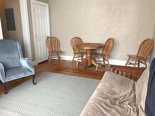 Bright, spacious, uptown apartment, Butte