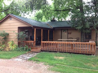 Three Bedroom Cottage, Rapid City