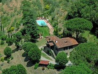 3 bedroom Villa in Cortona, Tuscany, Italy : ref 2020435
