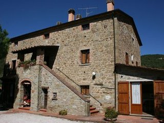 8 bedroom Villa in Cortona, Tuscany, Italy : ref 2020463
