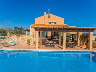 5 bedroom Villa in Capdepera, Mallorca : ref 2259682
