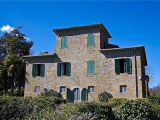 6 bedroom Villa in Acquapendente, Lazio, Italy : ref 2301520