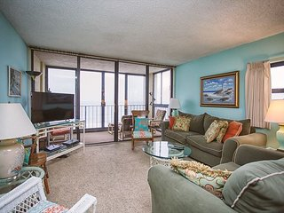 The Islander 6F Breathtaking Oceanfront Views with Incredible Amenities!