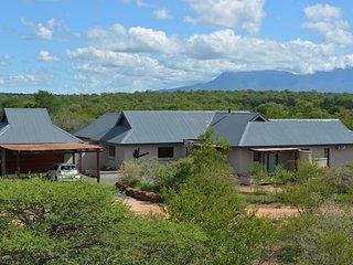 Luxe villa in prive wildpark vlak bij Kruger NP, Hoedspruit