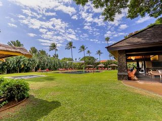 Heart of Lahaina-Saltwater Infinity Pool-BBQ-Min to Beach!
