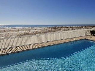 Cheerful Condo with Gulf Views~Bender Vacation Rentals