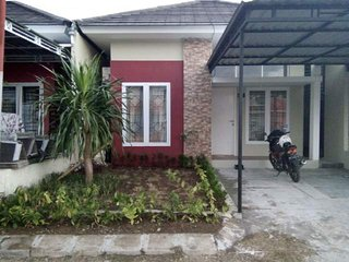2 Bedrooms House For Rent, Batu Layar