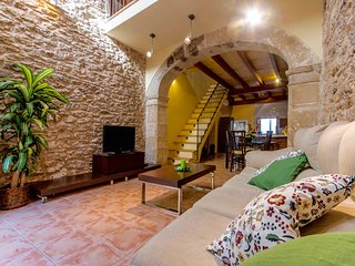 Charming Townhouse in the Centre of Alcudia Town