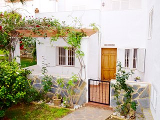 Beautiful Townhouse, close to the beach, restaurants and bars in Mojacar Playa.