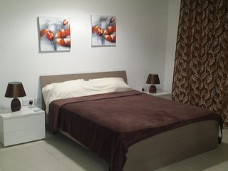 44. ZBG4. Studio Apt in the center of Zebbug!