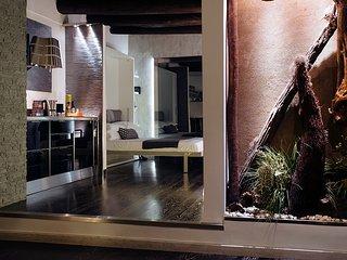 Art Inn Centro. Home Gallery nel cuore di Napoli