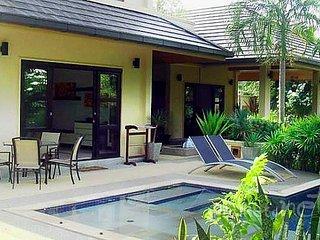 Two-storey Pool Villa near Nai Harn Beach