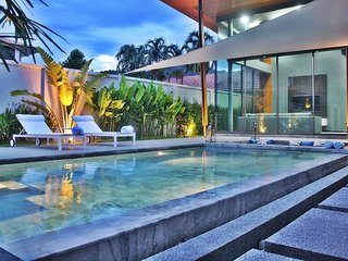 2 Bed Modern Luxury Crystal Pool Villa - Rawai, Phuket