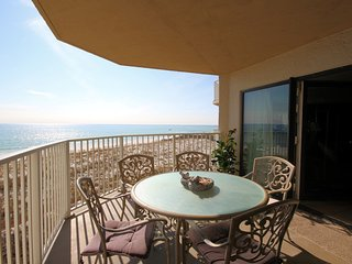 Inlet Reef 207: Gulf Front Escape (2 Bed / 2 Bath) - sleeps up to 10