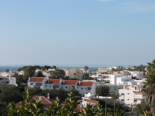 2 BEDROOM APARTMENT WITH PRIVATE ROOF TERRACE, Carvoeiro