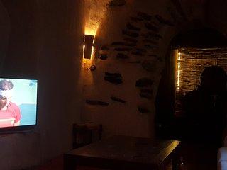 Alpujarra. Casa del siglo XIX con zona cueva