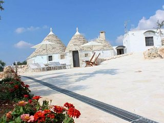 "Luxury ""Trullo Vito"" with private pool in a stunning surrounding area"