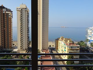 COZY APARTMENT WITH BEACH VIEWS, Benidorm