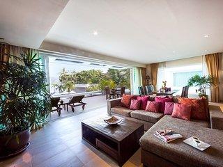 Serenity Grand Seaview Suite, Rawai