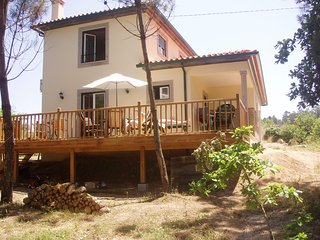 Secluded villa in woodland close to the lake, with private pool and volleyball., Tabua