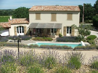 Luxuary villa in Provence near Mont Ventoux with heated pool