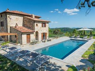Chiesa Piantrano - stunning 16th century, newly restored hilltop villa in Umbria, Monte Santa Maria Tiberina
