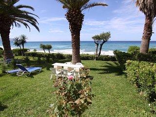 Beachfront house 49 in Glyfada sandy beach of Corfu