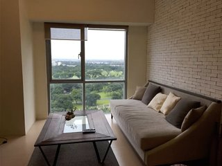 Prime 1BR condo in The Fort, BGC