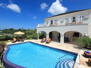 6Bed Villa+Pool. Reduced 3-4bedrates available