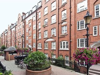Victoria Central London Large Flat / Apartment One Bedroom 2-5 people Zone 1, Londres