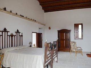 RESIDENZA IN DIMORA STORICA CON GIARDINO, Poggiardo