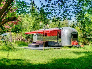 Glamping 1967 Retro American Airstream