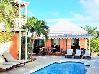 Delightful & Unique 5BR Home Overlooks Cane Garden Bay- Your Best Vacation Ever!